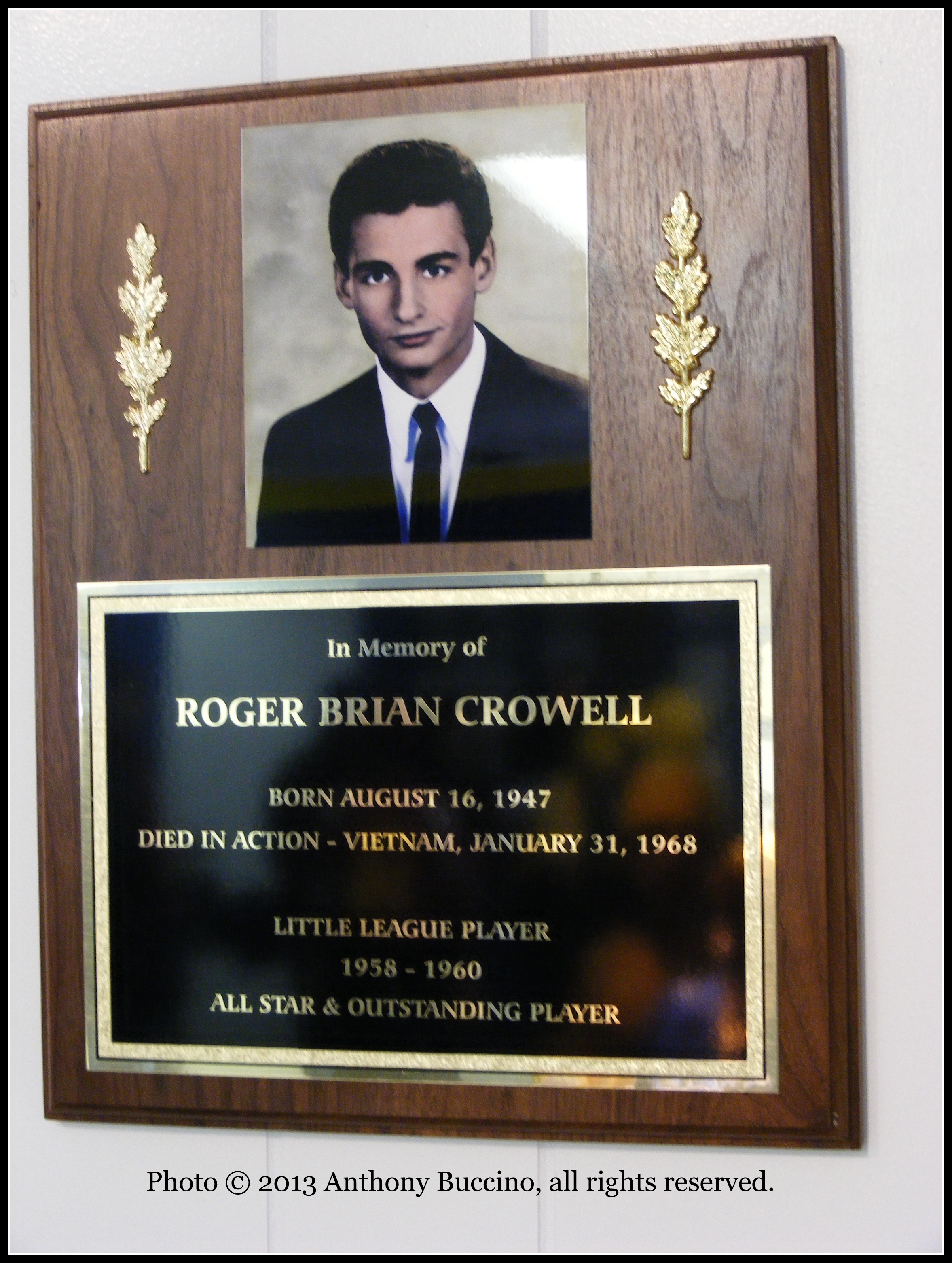 Roger Crowell, Little League Memorial, Belleville, N.J., © 2004 by Anthony Buccino